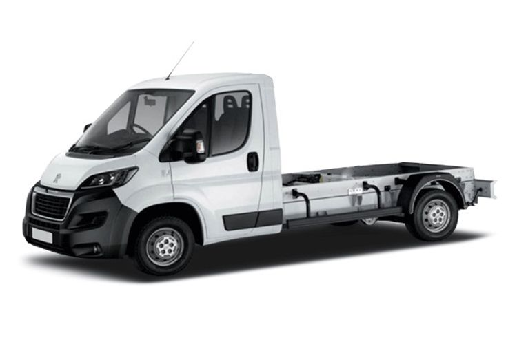 Peugeot Boxer 335 L3 2.2 BlueHDi FWD 140PS S Chassis Double Cab Manual [Start Stop] front view
