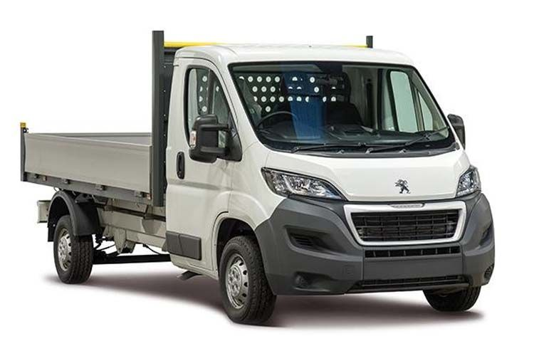 Peugeot Boxer 335 L2 2.2 BlueHDi FWD 165PS Built for Business Plus Dropside Manual [Start Stop] front view