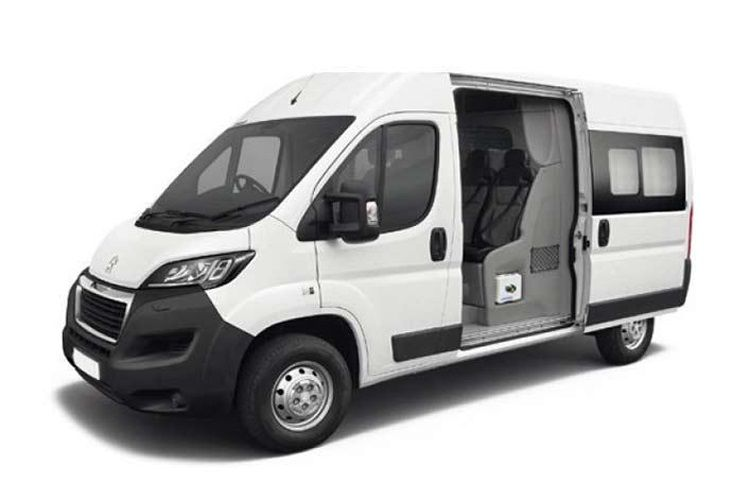 Peugeot Boxer 335 L3 2.2 BlueHDi FWD 140PS Professional Crew Van High Roof Manual [Start Stop] front view