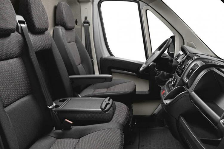 Peugeot Boxer 335 L2 2.2 BlueHDi FWD 165PS Built for Business Plus Dropside Manual [Start Stop] inside view